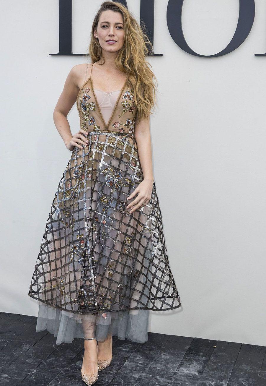 Blake Lively au défilé Dior lundi à Paris