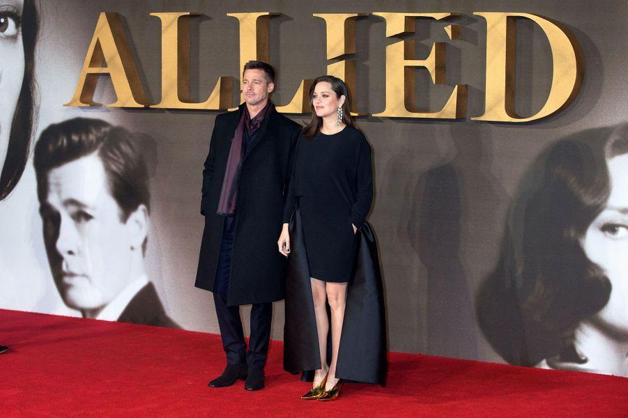 """Brad Pitt et Marion Cotillard en promo pour """"Alliés"""""""