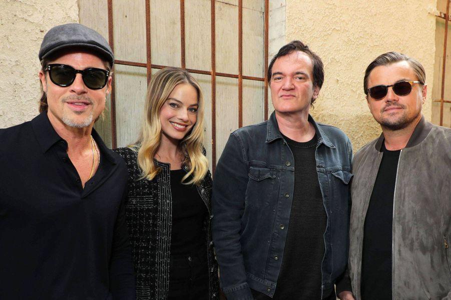 Brad Pitt, Leonardo DiCaprio, Margot Robbie et Quentin Tarantino.