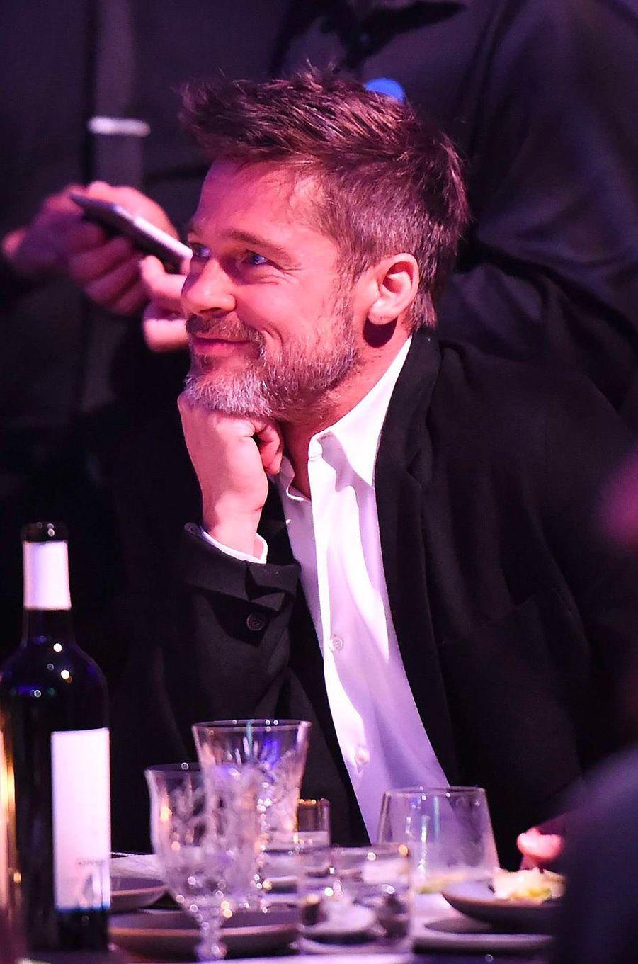 """Brad Pitt au gala """"Haïti Raising"""" à Los Angeles"""