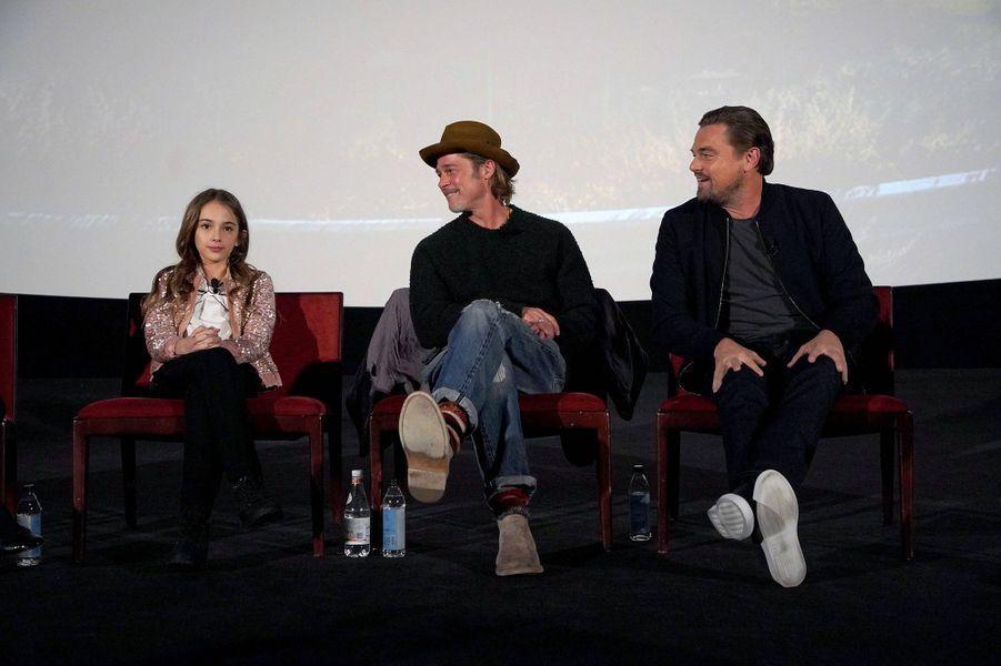 Julia Butters, Brad Pitt et Leonardo DiCapriolors d'un panel Q&A autour du film «Once Upon A Time In Hollywood» à Los Angeles le 17 décembre 2019