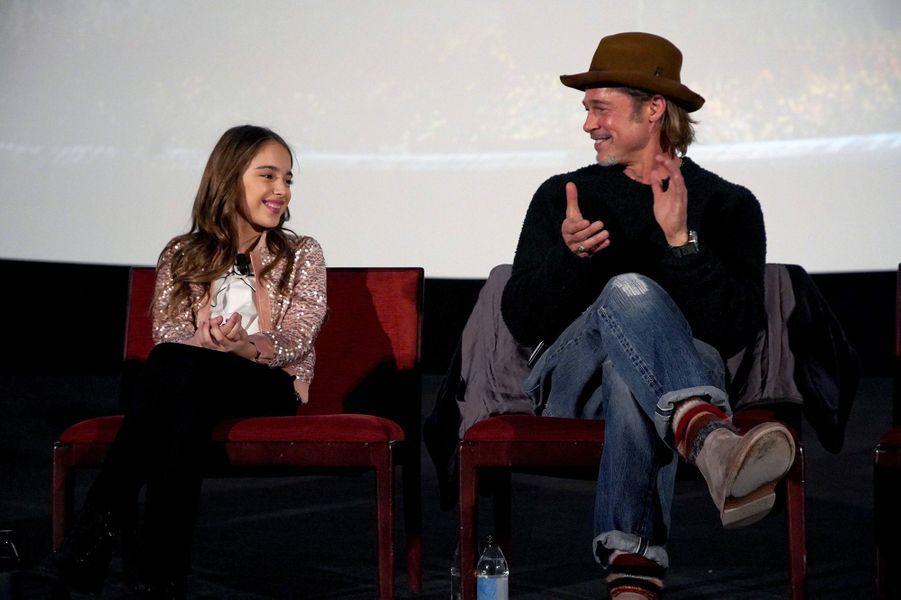 Julia Butters et Brad Pittlors d'un panel Q&A autour du film «Once Upon A Time In Hollywood» à Los Angeles le 17 décembre 2019