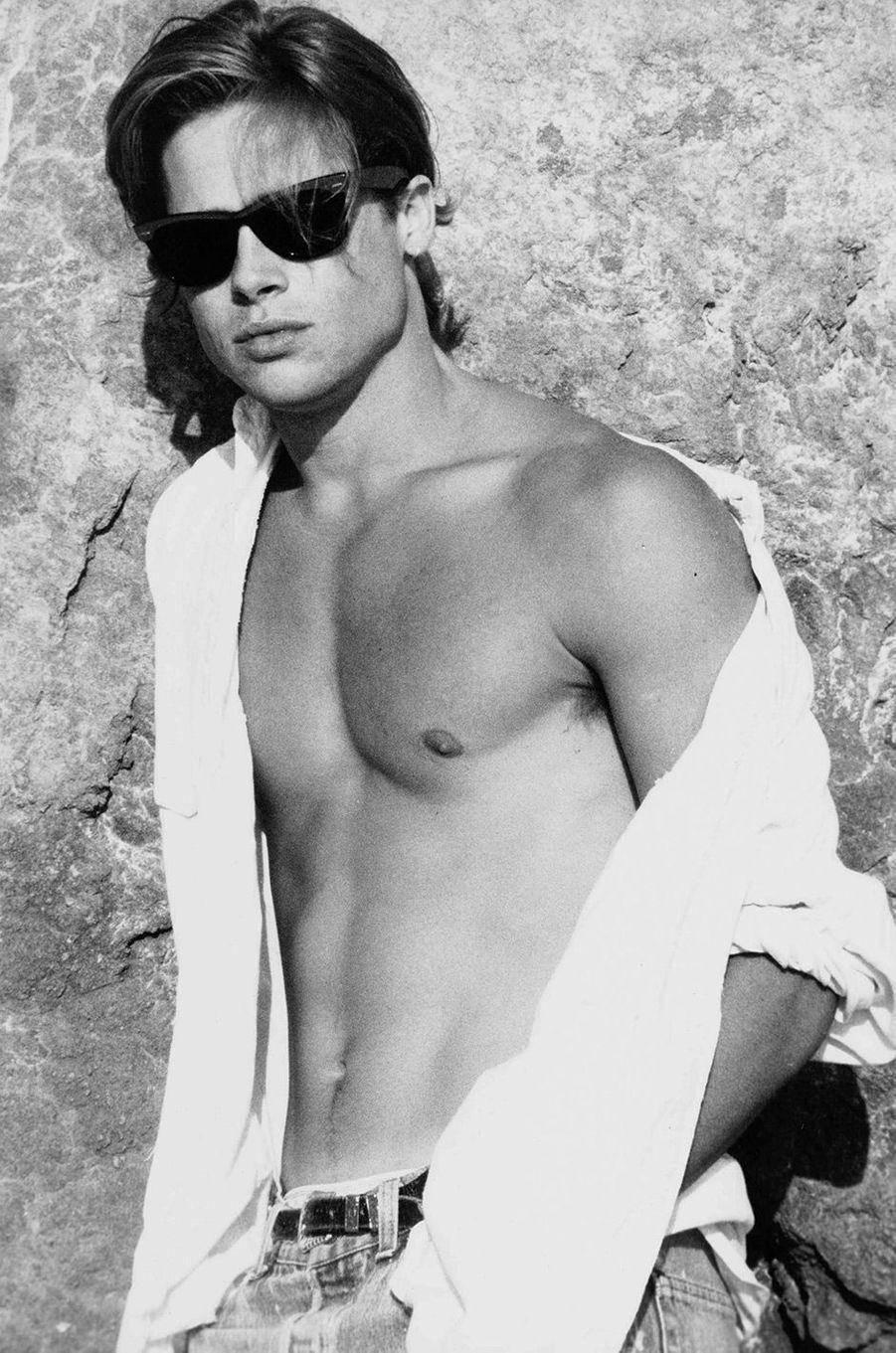 Brad Pitt, à Malibu, en 1988
