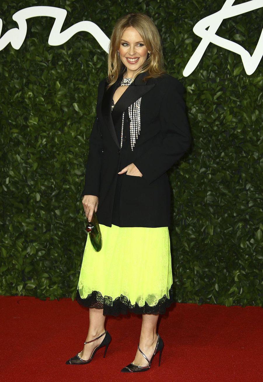 Kylie Minoguelors des British Fashion Awardsau Royal Albert Hall à Londres le 2 décembre 2019.