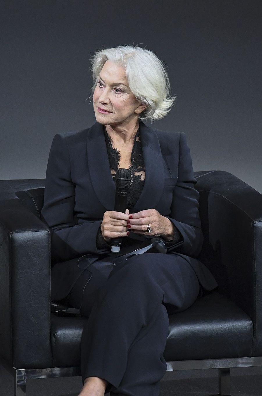 Helen Mirren lors de la conférence de presse Pirelli.