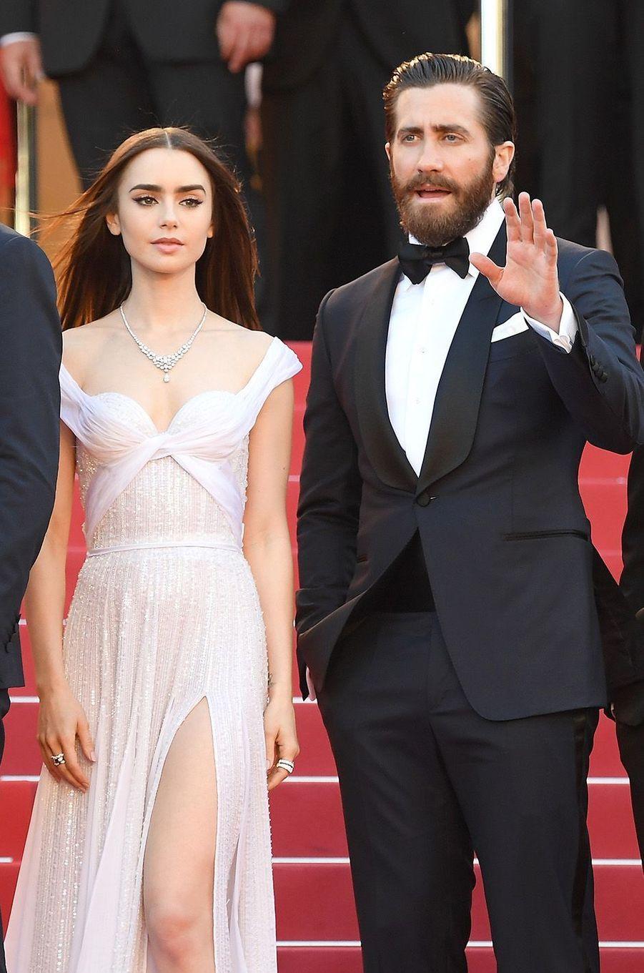 Jake Gyllenhaal et Lily Collins à Cannes.