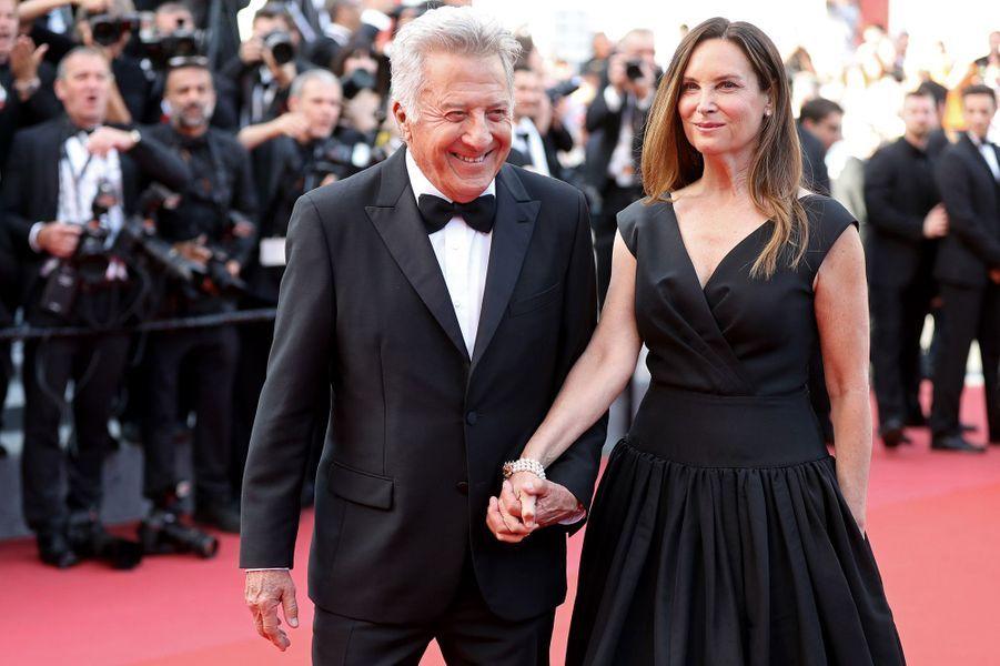 Dustin Hoffman et son épouse Lisaà Cannes, le 21 mai 2017.