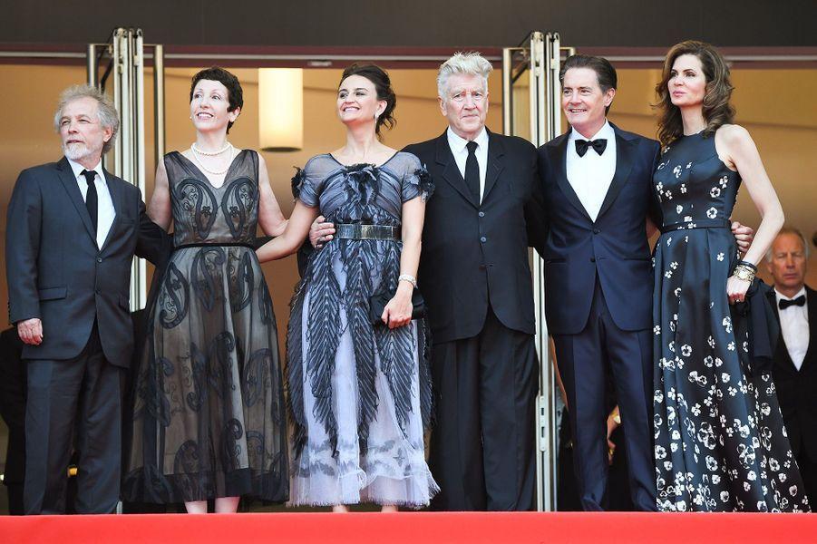 Kyle MacLachlan, Desiree Gruber, Sabrina Sutherlan, David Lynch et son épouse Emily Stofle à Cannes le 25 mai 2017.
