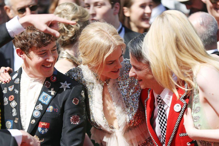 Nicole Kidman, Elle Fanning et toute l'équipe de«How To Talk To Girls At Parties» àCannes, le 21 mai 2017.