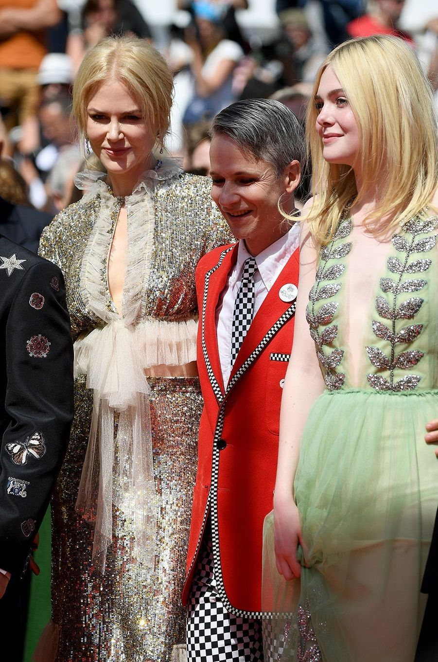 Nicole Kidman, Elle Fanning avec le réalisateur de«How To Talk To Girls At Parties» àCannes, le 21 mai 2017.