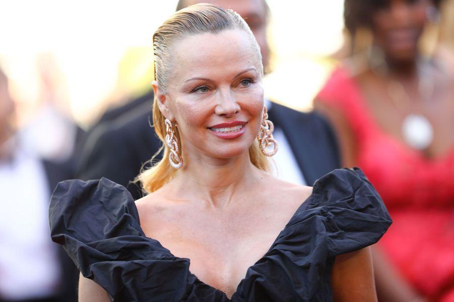 L'actrice Pamela Anderson à Cannes
