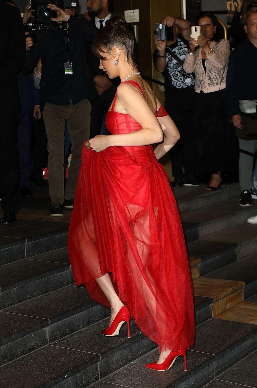 Bella Hadid à la soirée Dior,à Cannes, le 12 mai 2018.
