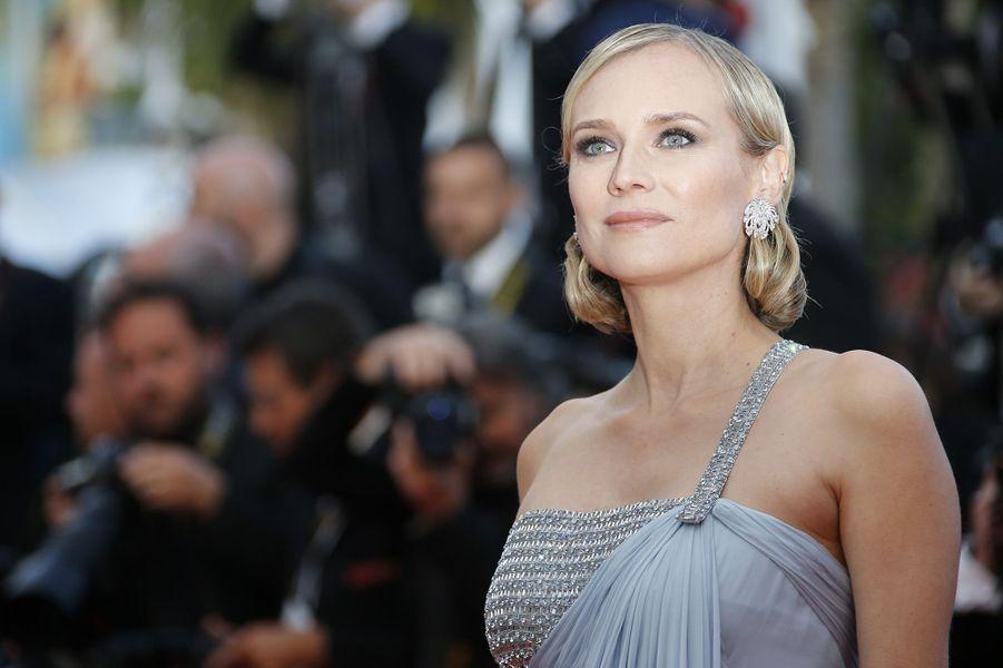 Diane Kruger lumineuse sur le tapis rouge du festival de Cannes, le 13 mai 2018.