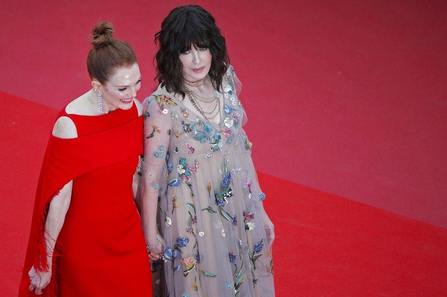 Isabelle Adjani et Julianne Moore à la cérémonie d'ouverture du 71ème Festival de Cannes