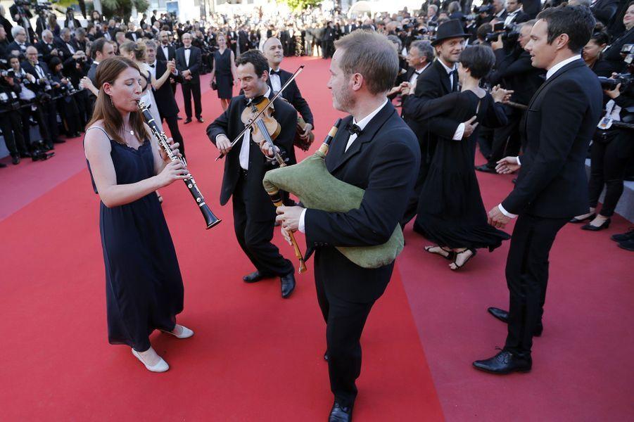 Un concert a été donné sur les marches du festival de Cannes, le 17 mai 2018.