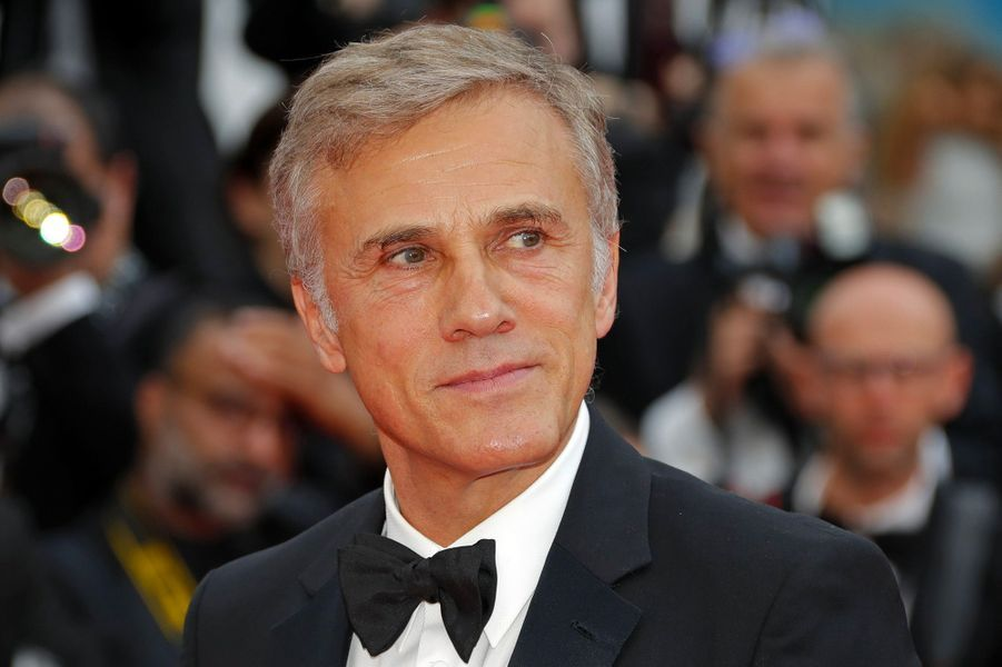 Christoph Waltz monte les marches du Festival de Cannes, mercredi 9 mai