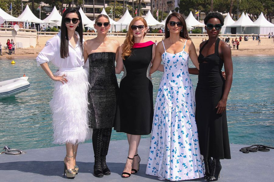 Fan Bingbing, Marion Cotillard, Jessica Chastain, Penélope Cruz et Lupita Nyong'o sur la Croisette