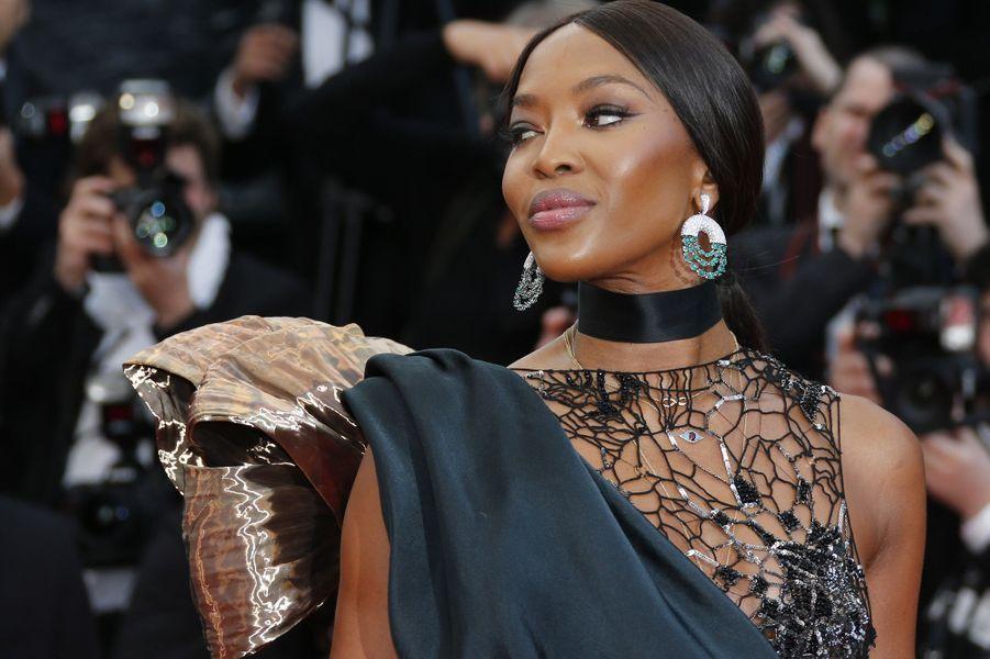Naomi Campbell sur les marches du festival de Cannes, le 14 mai 2018.