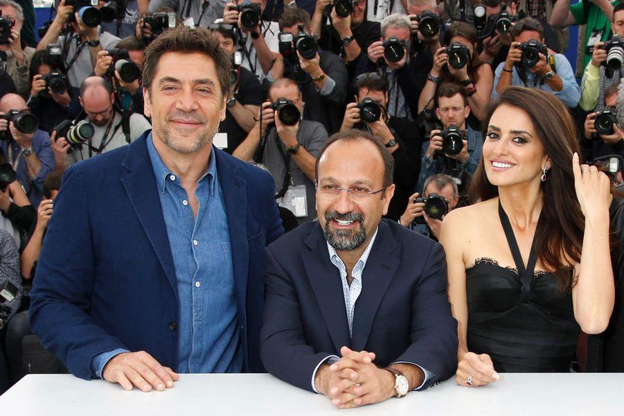 Penélope Cruz, Asghar Farhadi et Javier Bardem sur la Croisette mercredi 9 mai 2018