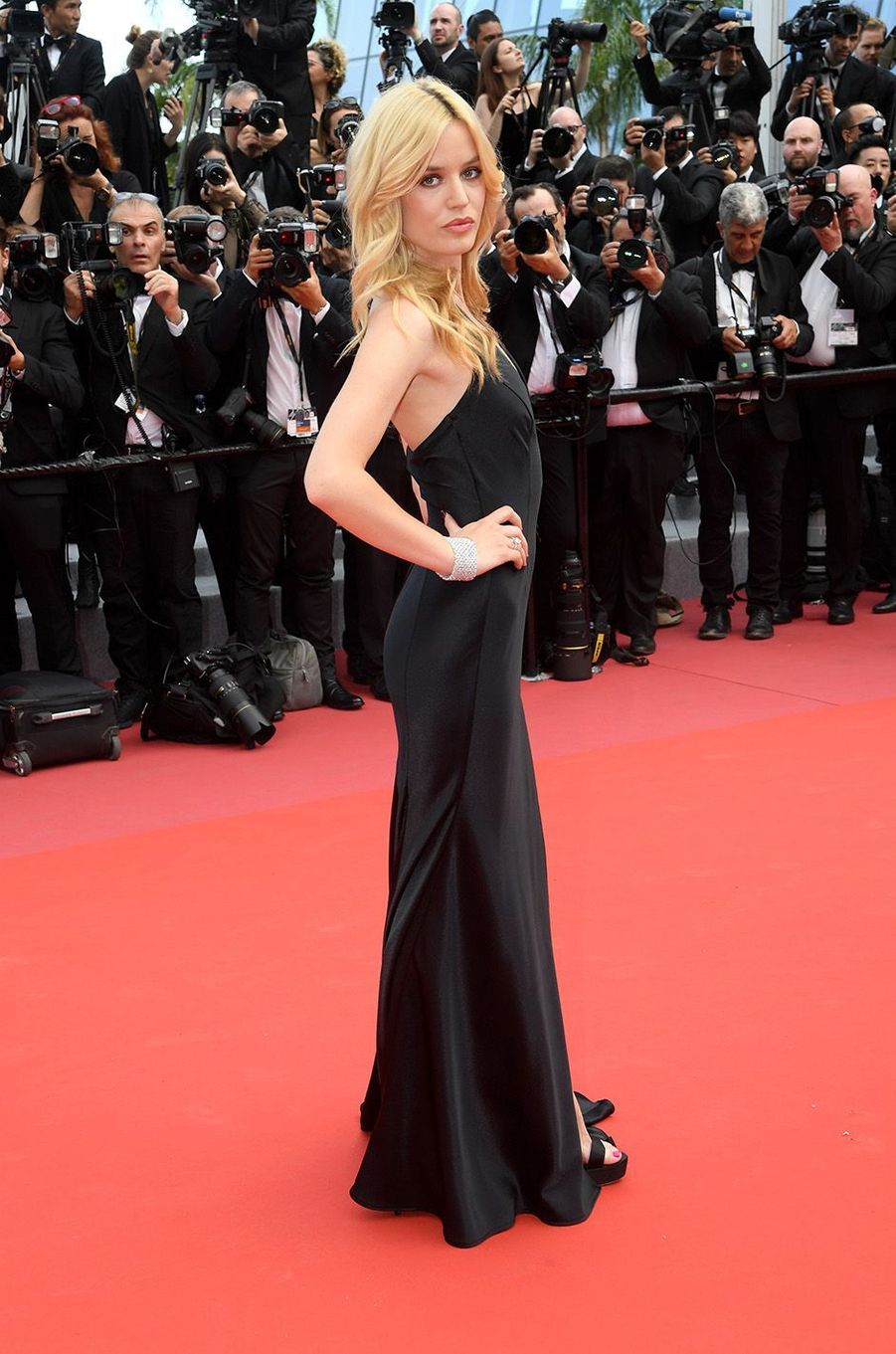 Georgia May Jaggersur le tapis rouge de la 71e édition du festival de Cannes, le 8 mai 2018.