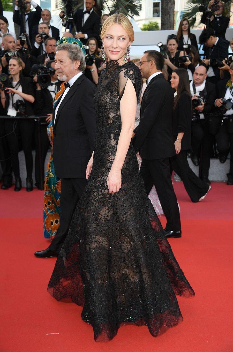 Cate Blanchettsur le tapis rouge de la 71e édition du festival de Cannes, le 8 mai 2018.