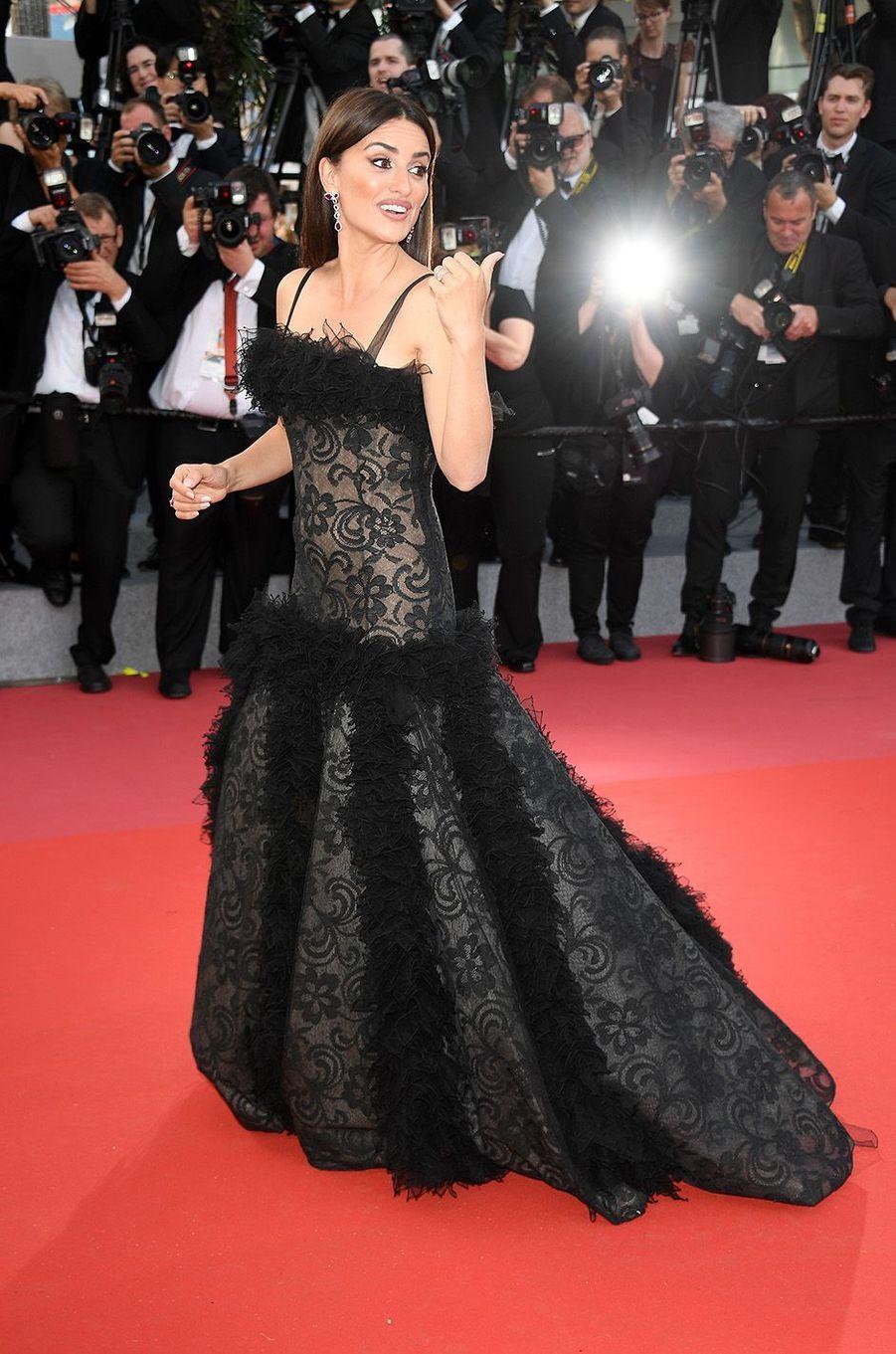 Penélope Cruzsur le tapis rouge du Festival de Cannes, le 8 mai 2018.