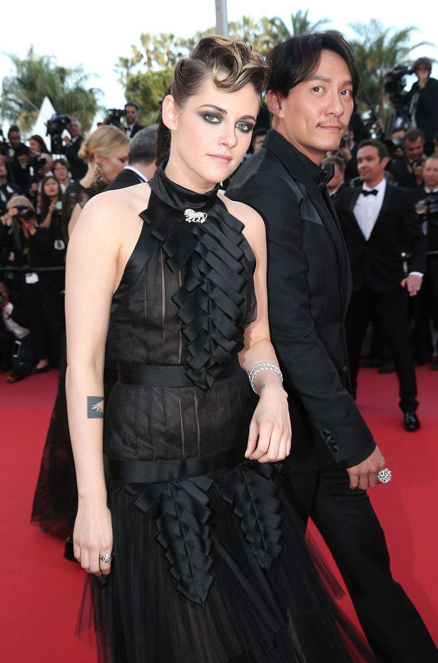 Kristen Stewartsur le tapis rouge de la 71e édition du festival de Cannes, le 8 mai 2018.