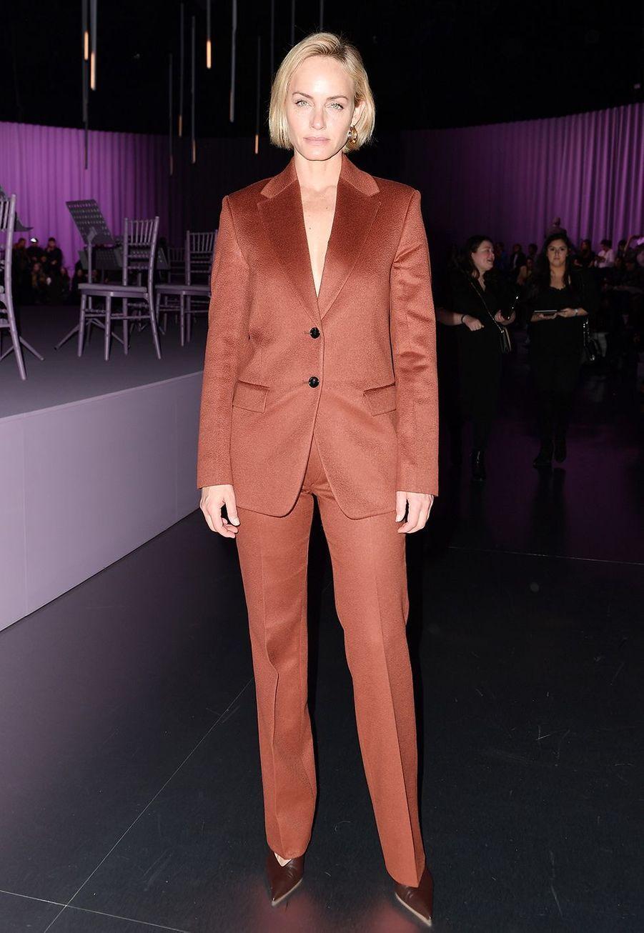 Amber Vallettaau défilé Boss de la marque Hugo Boss pendant la Fashion Week de Milan le 23 février 2020.