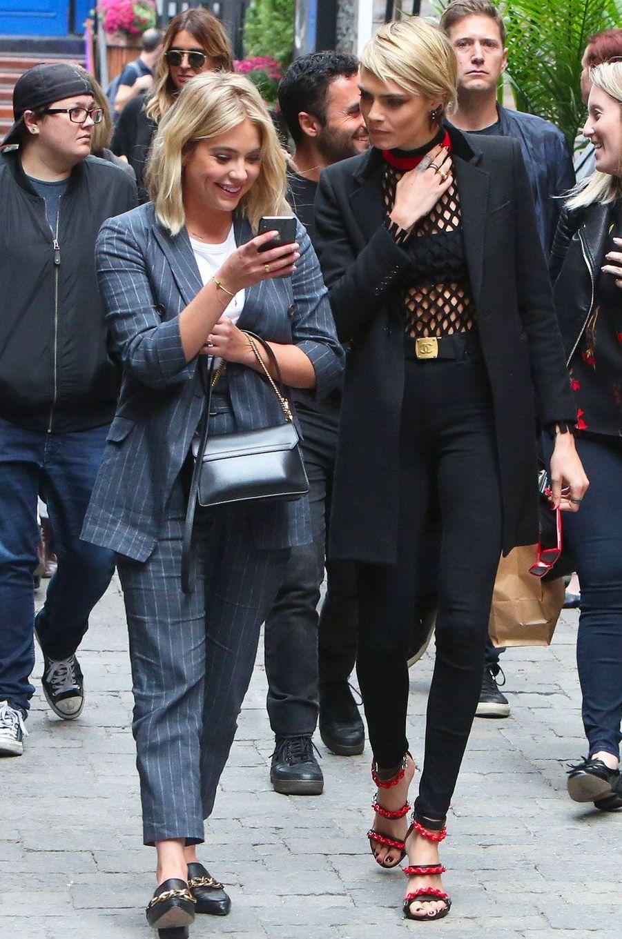 Cara Delevingne et Ashley Benson à Toronto le 9 septembre 2018