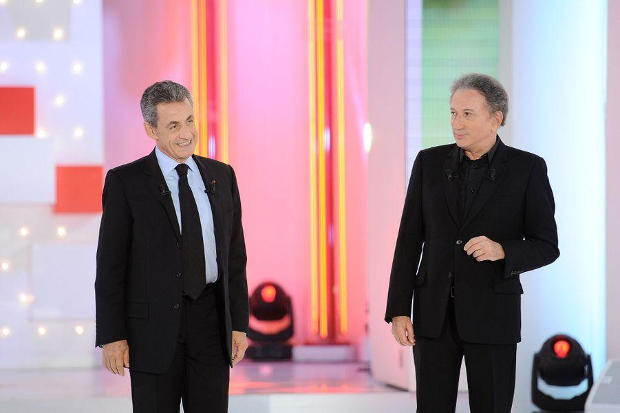 Nicolas Sarkozy et Michel Druckersur le plateau de «Vivement dimanche» le 30 septembre 2019. L'émission est diffusée le 6 octobre.