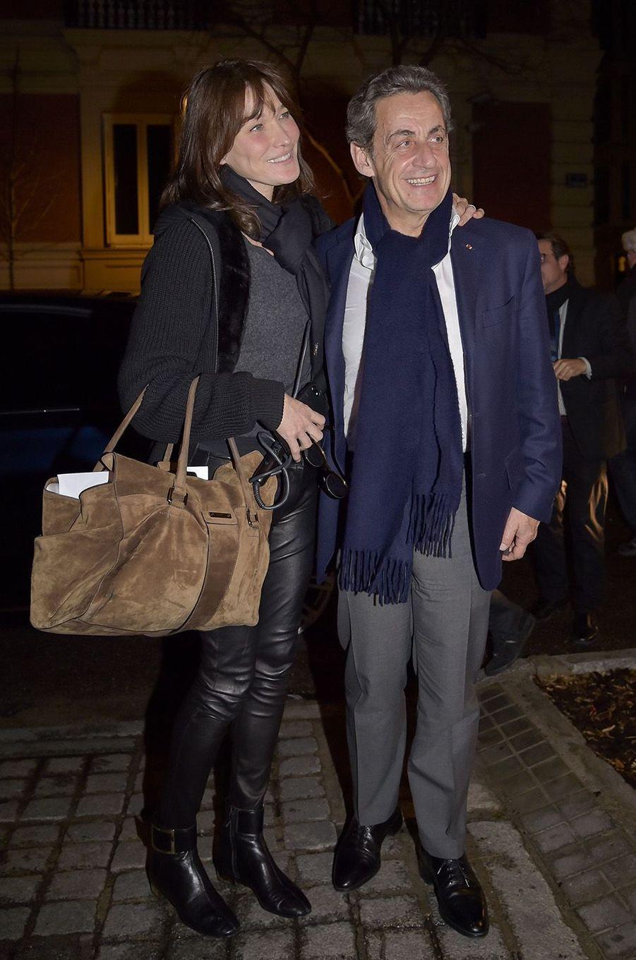Carla Bruni en concert à Madrid en compagnie de son époux Nicolas Sarkozy, le 10 janvier 2018.