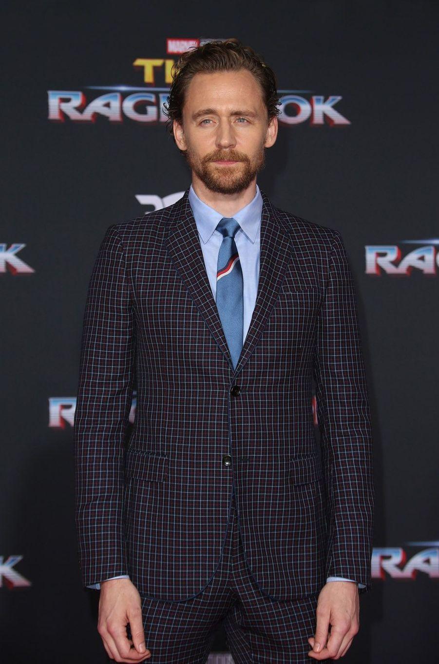 """Tom Hiddlestonà l'avant-première de """"Thor : Ragnarok"""", le 10 octobre à Los Angeles."""