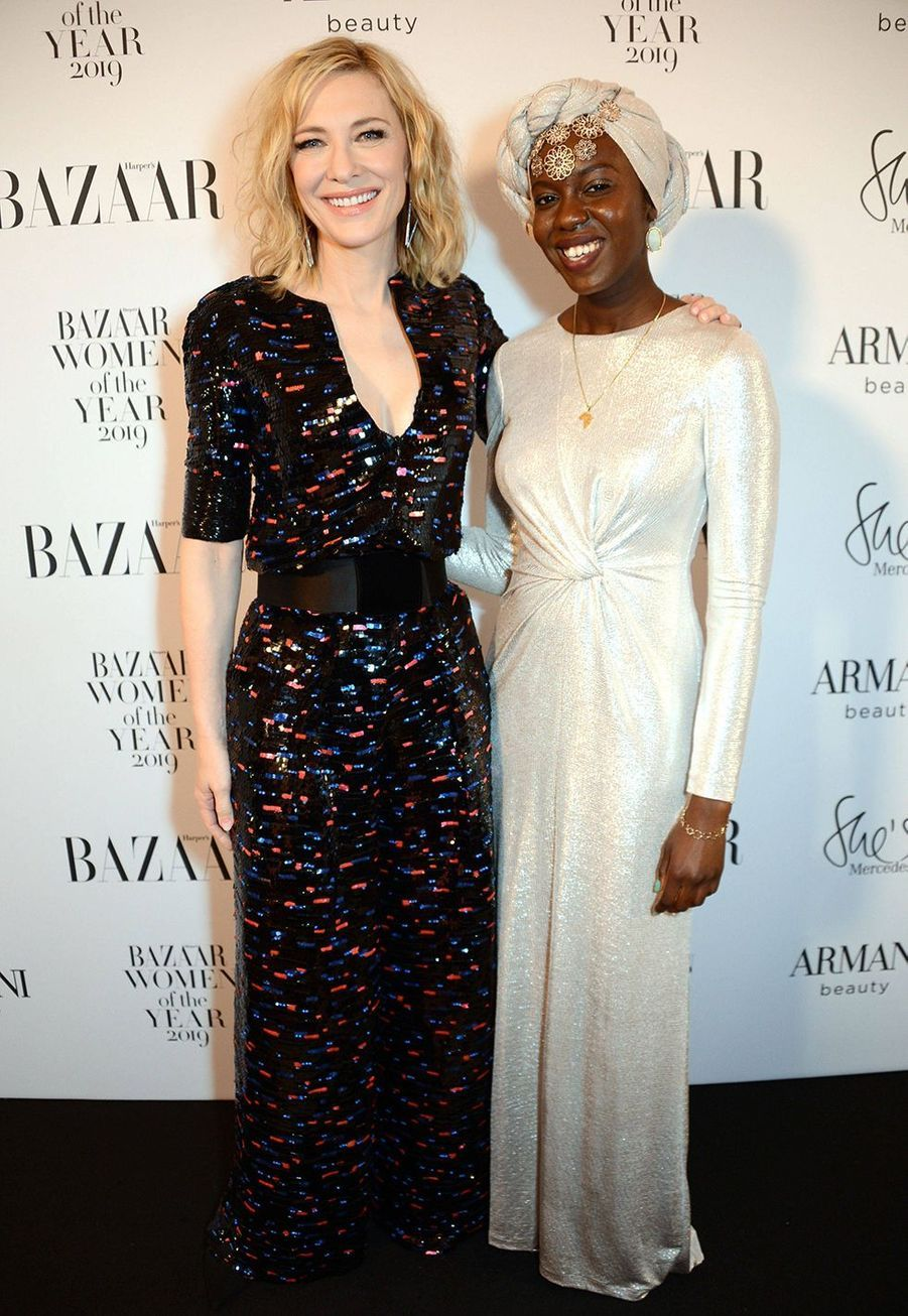 Cate Blanchett et la poétesse Emtithal Mahmoud à la soirée Harper's Bazaar Women of the Year Awards à Londres le 29 octobre 2019