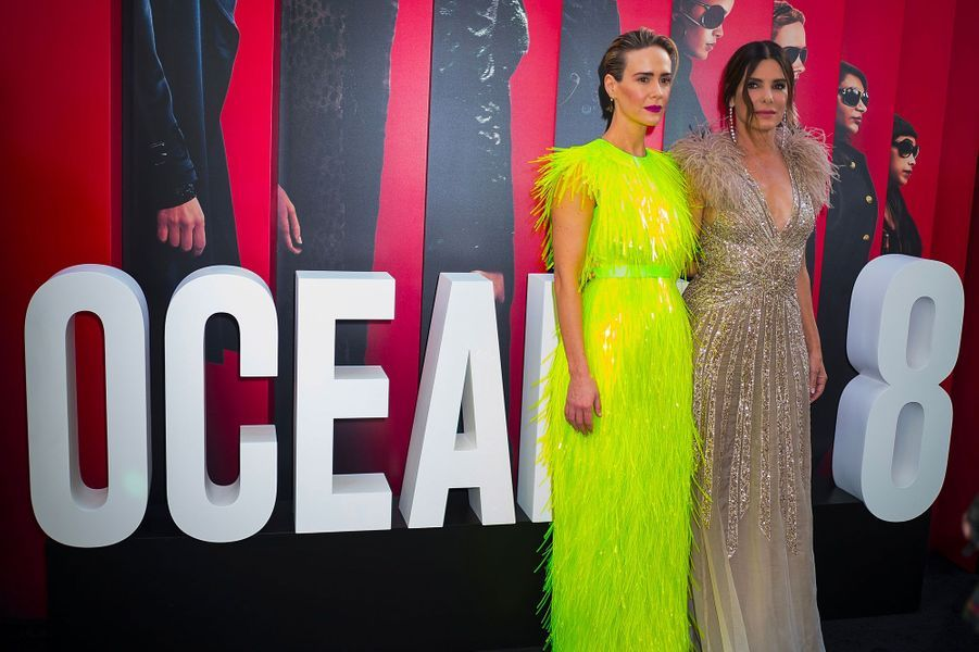 Sarah Paulson et Sandra Bullock à l'avant-première à New York le 5 juin 2018