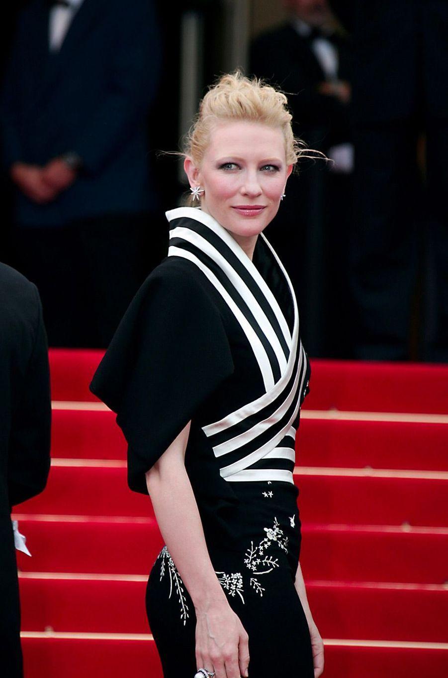 """Cate Blanchett au 59e Festival de Cannes (2006) pour présenter le film """"Babel"""""""