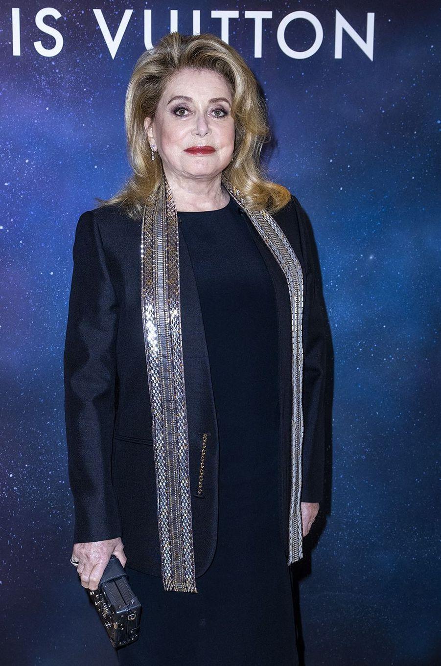 Catherine Deneuve à la soirée Louis Vuitton pour la présentation de la collection de haute joaillerie «Stellar Times» à Paris le 28 septembre 2020