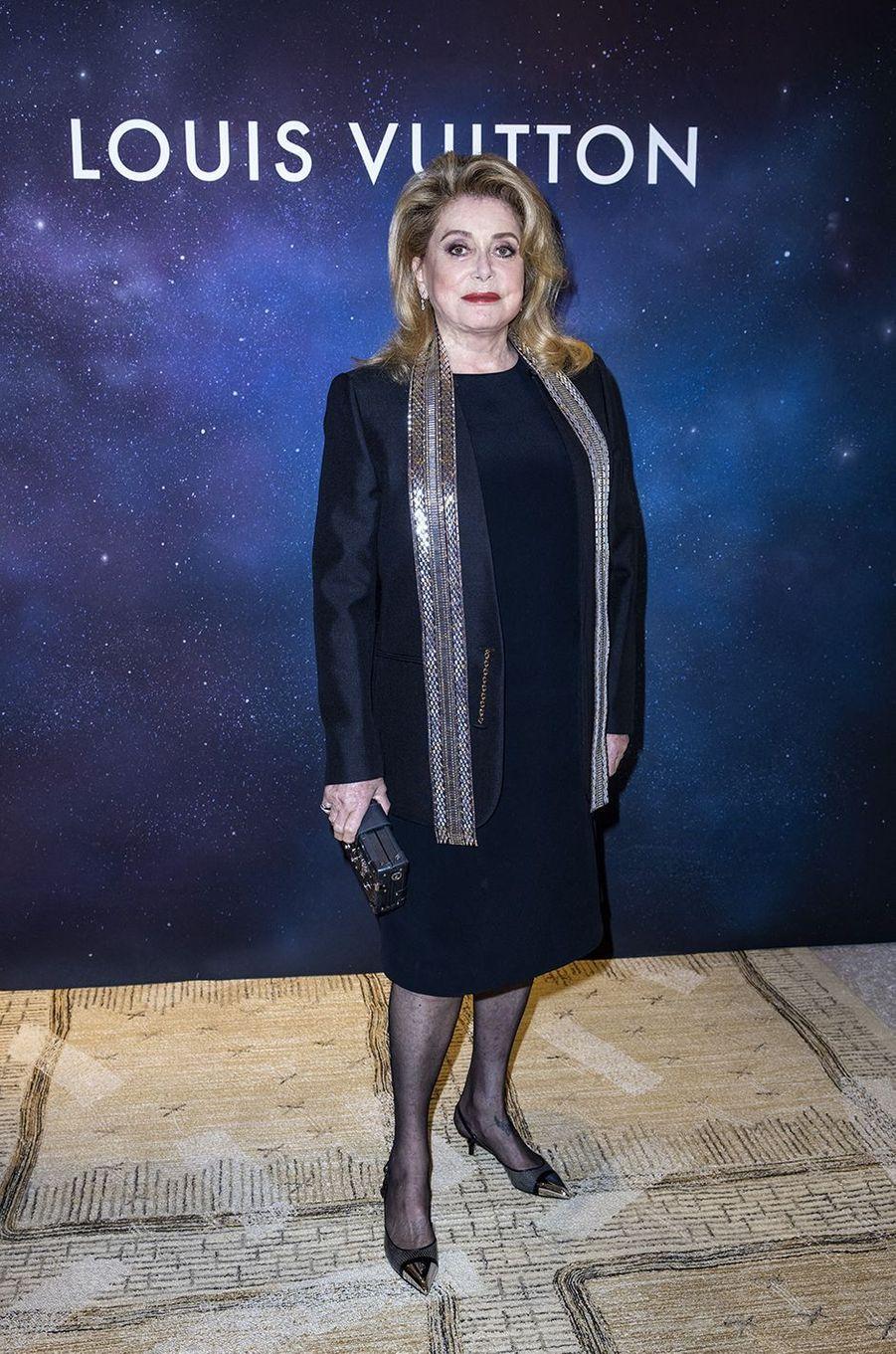 Catherine Deneuveàla soirée Louis Vuitton pour la présentation de la collection de haute joaillerie«Stellar Times»à Paris le 28 septembre 2020