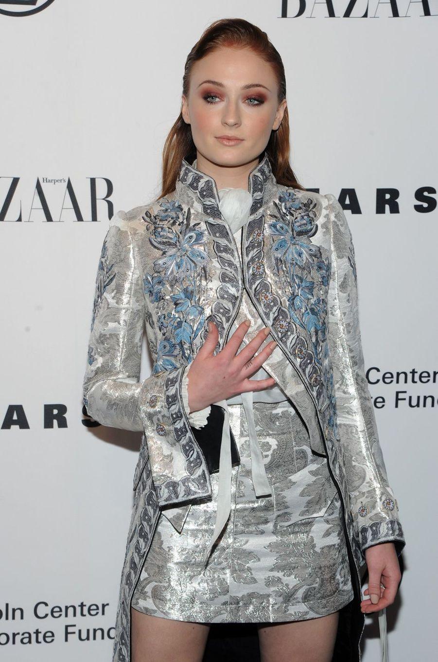 Sophie Turnerau gala de la fondation du Lincoln Center, le 30 novembre 2017 à New York.