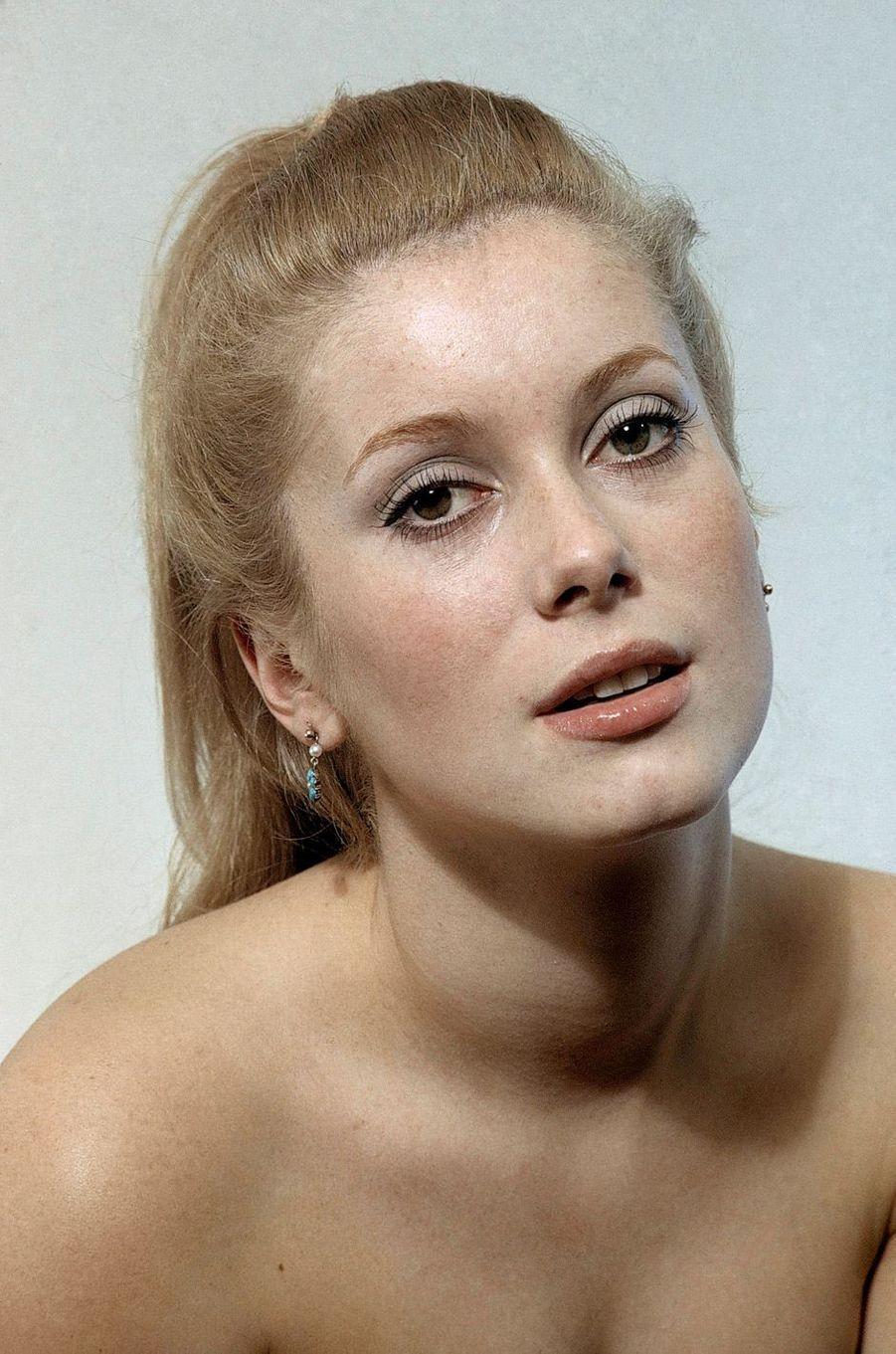 Catherine Deneuve en 1965.