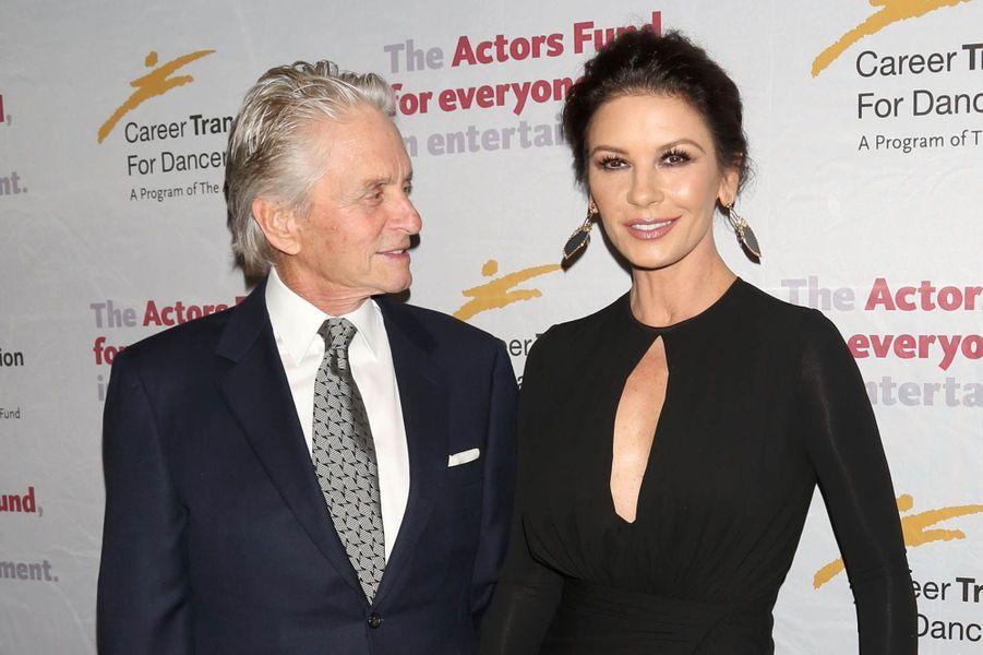 """Michael Douglas et Catherine Zeta-Jones ensemble au gala de """"The Actor's Fund Career Transition for Dancers"""", à New York le 1er novembre 2017."""
