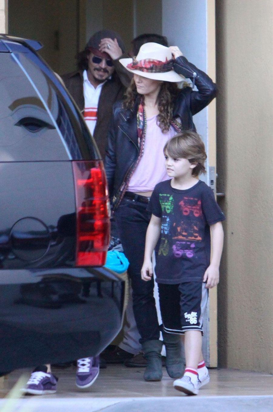 Jack Depp et sa mère Vanessa Paradis