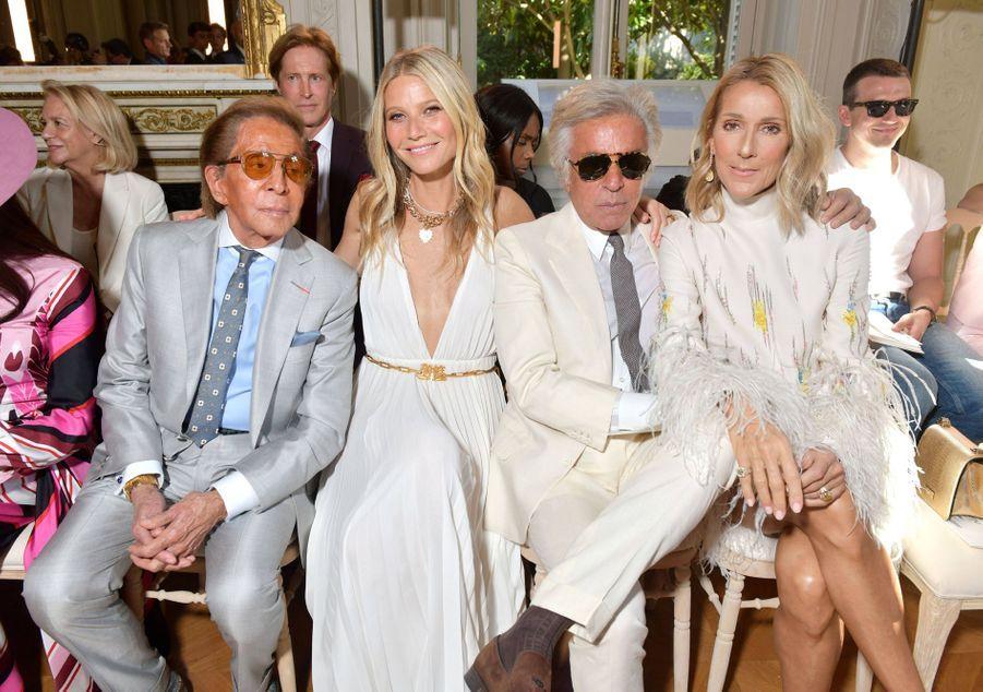 Céline Dion, Gwyneth Paltrow,Giancarlo Giammettiet Valentino Garavani au défilé Valentino à Paris, le 3 juillet 2019.