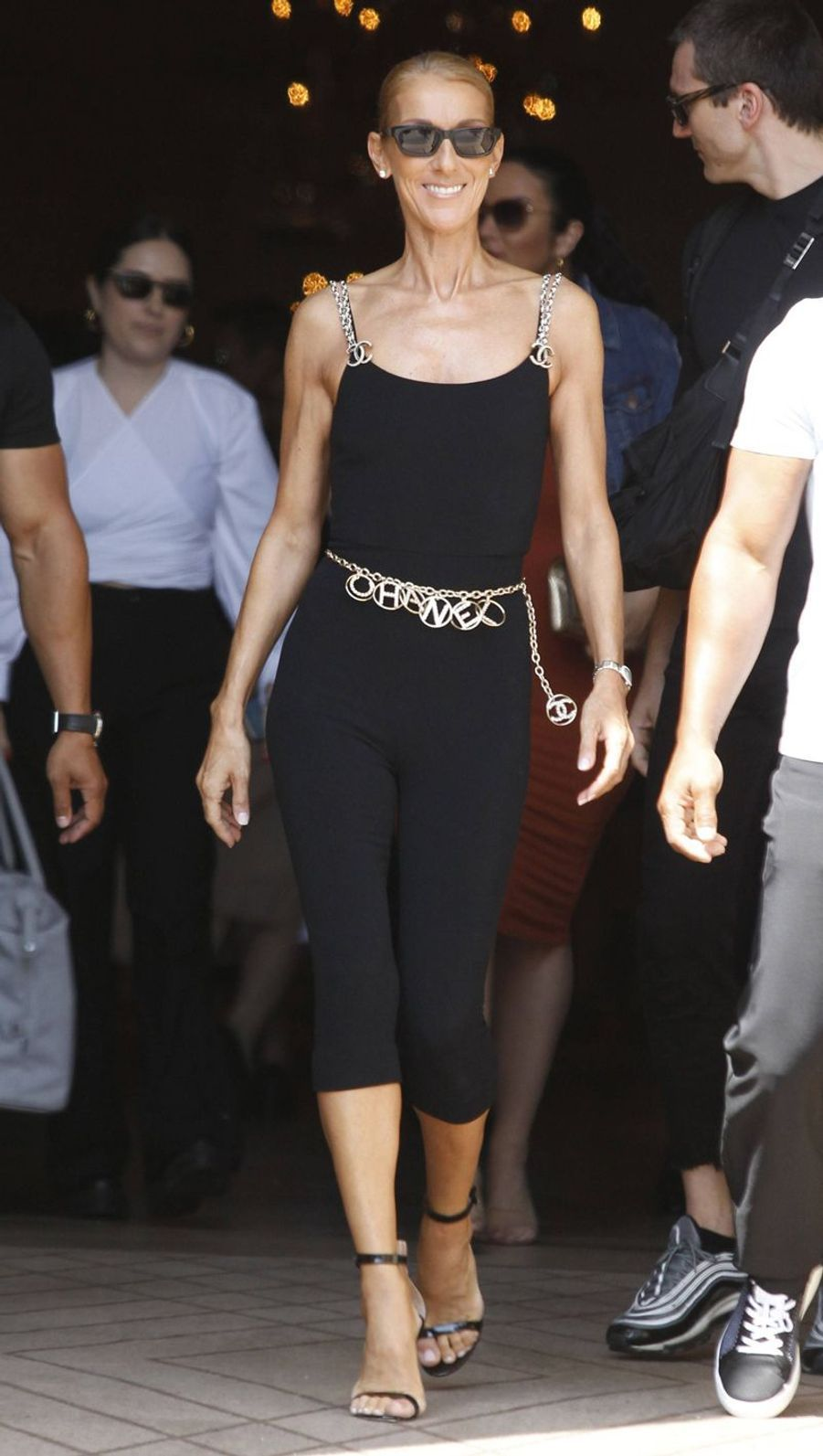 Céline Dion en total look Chanel à Paris, le 27 juin 2019