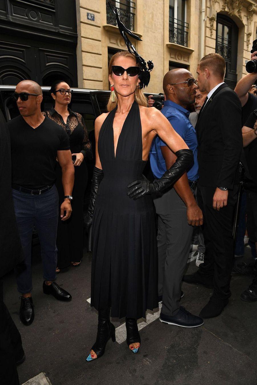 Céline Dion en robe Schiaparelli à Paris, le 1er juillet 2019
