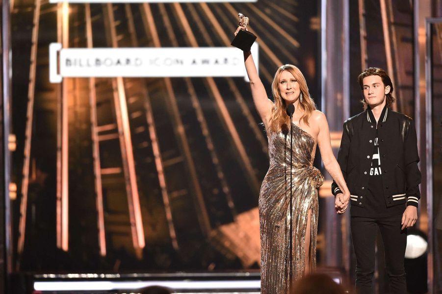 Céline Dion et son fils René-Charles au Billboard Music Awards à Las Vegas, mai 2016.