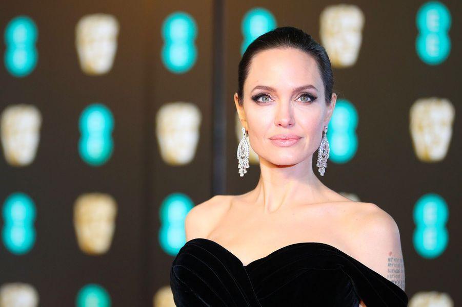 """Angelina Jolie (Londres, le 18 février 2018)2012 : """"Au pays du sang et du miel""""2014 : """"Invincible""""2015 : """"Vue sur mer""""2017 : """"D'abord, ils ont tué mon père"""""""
