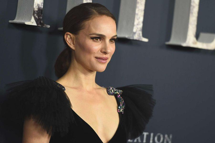 """Natalie Portman (Los Angeles, le 13 février 2018)2008: """"New York, I Love You""""(réalisation du huitièmesketchdu film)2008: """"Eve""""(court-métrage)2015: """"Une histoire d'amour et de ténèbres"""""""