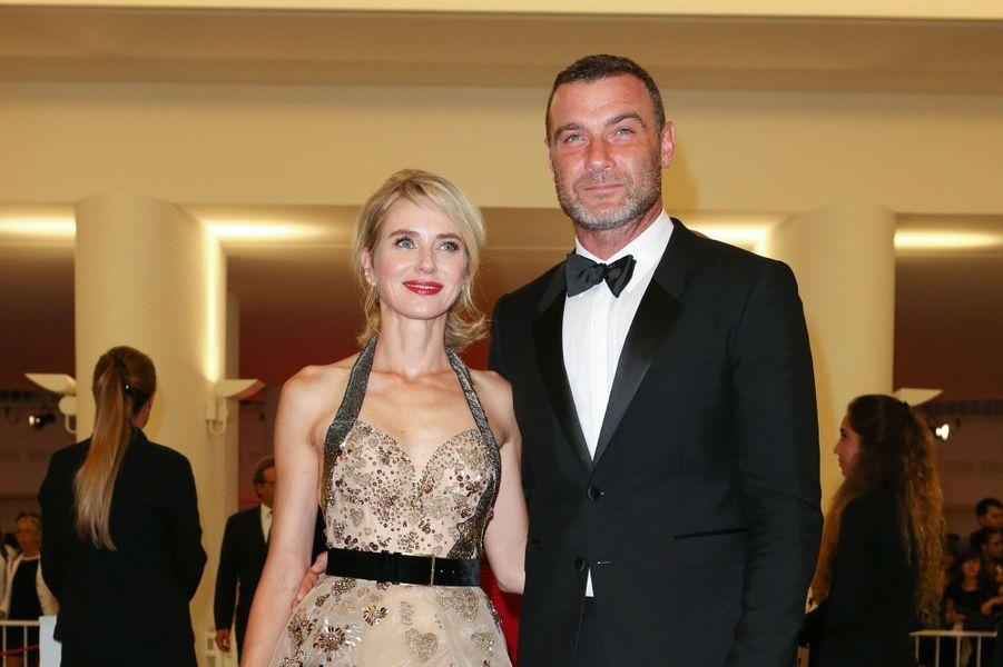 Naomi Watts et Liev SchreiberIls divorcent après 11 ans de vie commune.