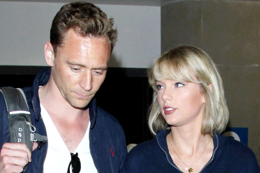 Taylor Swift et Tom HiddlestonUne passion d'été.