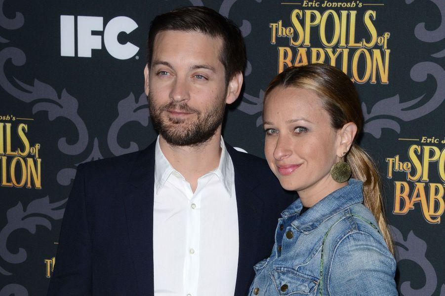 Tobey Maguire et Jennifer MeyerIls divorcent après 9 ans de mariage.